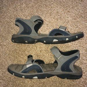 Men's Columbia Sandal. Size 11